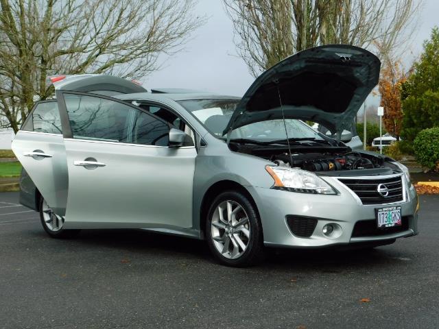 2013 Nissan Sentra SR / Navigation / Backup / Sunroof / 1-OWNER - Photo 32 - Portland, OR 97217
