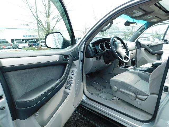 2003 Toyota 4Runner SR5 V6 4.0L / 4X4 / DIFF LOCK / LIFTED !! - Photo 13 - Portland, OR 97217