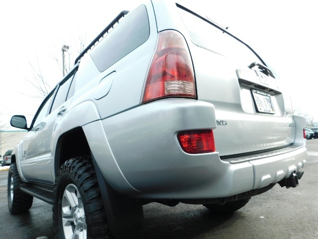 2003 Toyota 4Runner SR5 V6 4.0L / 4X4 / DIFF LOCK / LIFTED !! - Photo 11 - Portland, OR 97217