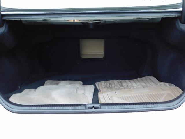 2007 Lexus ES 350 Sedan / NAVi / CAM / Heated & Cooled Seats - Photo 17 - Portland, OR 97217