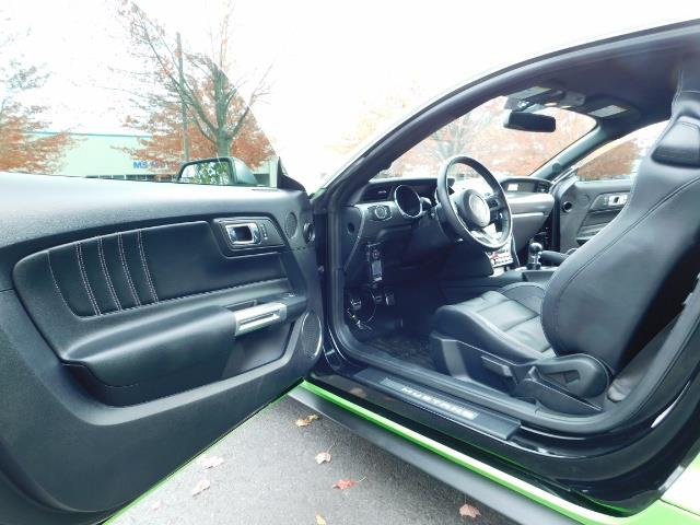 2015 Ford Mustang GT Premium / 6-SPEED / ONE OF A KIND / 16K MILES - Photo 15 - Portland, OR 97217