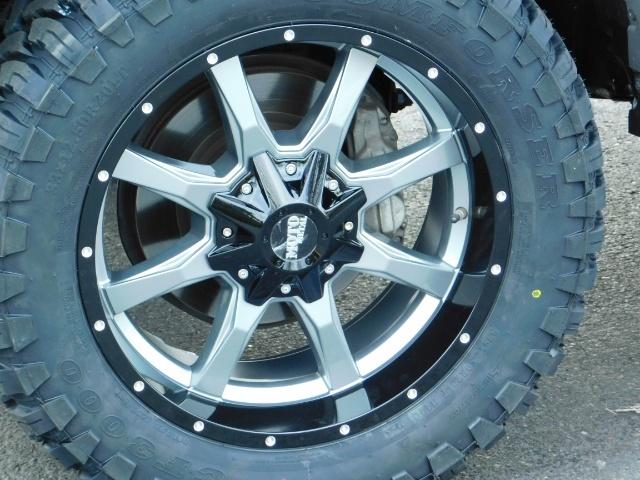 2016 Toyota 4Runner SR5 / 4WD / Navigation / backup camera / LIFTED - Photo 22 - Portland, OR 97217