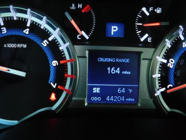 2016 Toyota 4Runner SR5 / 4WD / Navigation / backup camera / LIFTED - Photo 29 - Portland, OR 97217