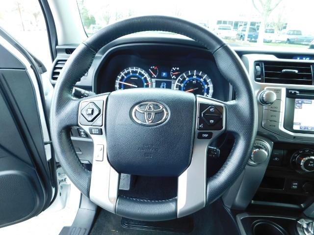 2016 Toyota 4Runner SR5 / 4WD / Navi / LIFTED /  WHEELS TIRES CUSTOM - Photo 38 - Portland, OR 97217