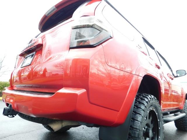 2016 Toyota 4Runner SR5 / 4X4 / Rack / NAV / BACKUP / LIFTED LIFTED - Photo 47 - Portland, OR 97217