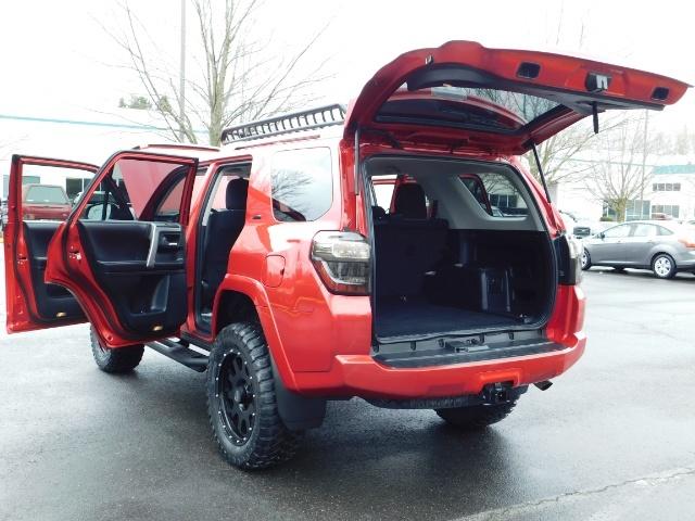 2016 Toyota 4Runner SR5 / 4X4 / Rack / NAV / BACKUP / LIFTED LIFTED - Photo 34 - Portland, OR 97217