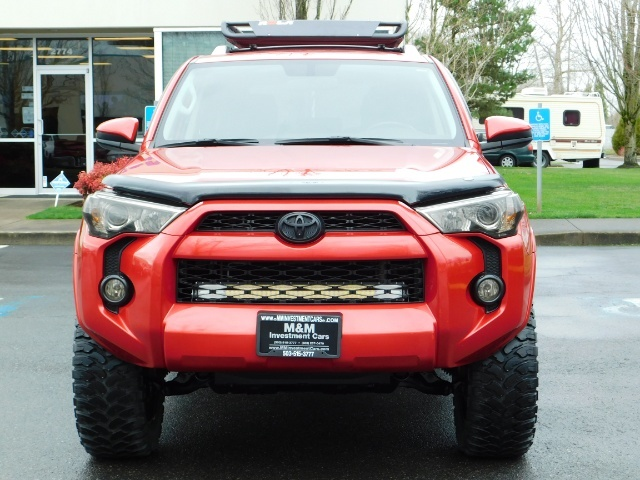 2016 Toyota 4Runner SR5 / 4X4 / Rack / NAV / BACKUP / LIFTED LIFTED - Photo 5 - Portland, OR 97217