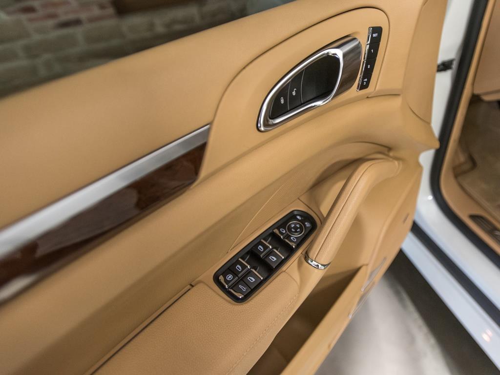 2013 Porsche Cayenne GTS - Photo 20 - Springfield, MO 65802