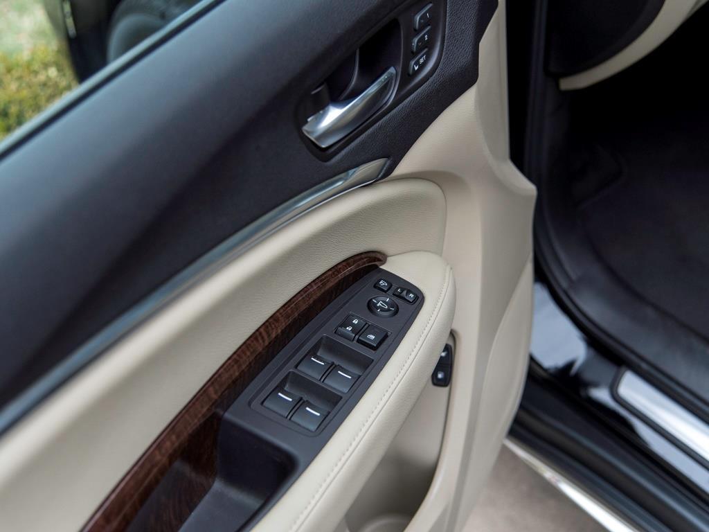 2017 Acura MDX SH-AWD w/Tech - Photo 18 - Springfield, MO 65802