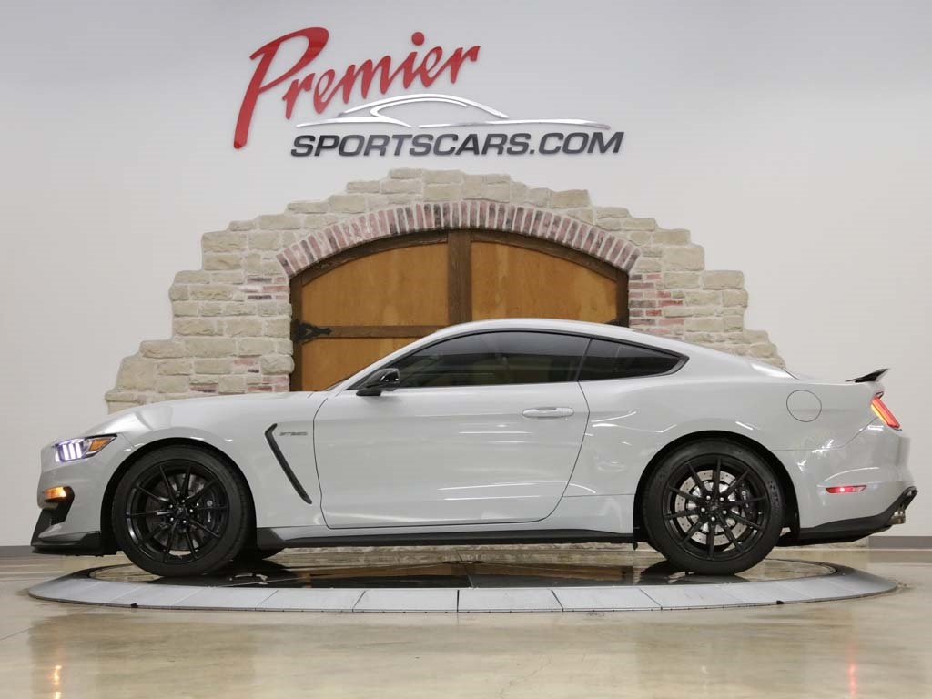 2017 Ford Mustang Shelby GT350 - Photo 6 - Springfield, MO 65802