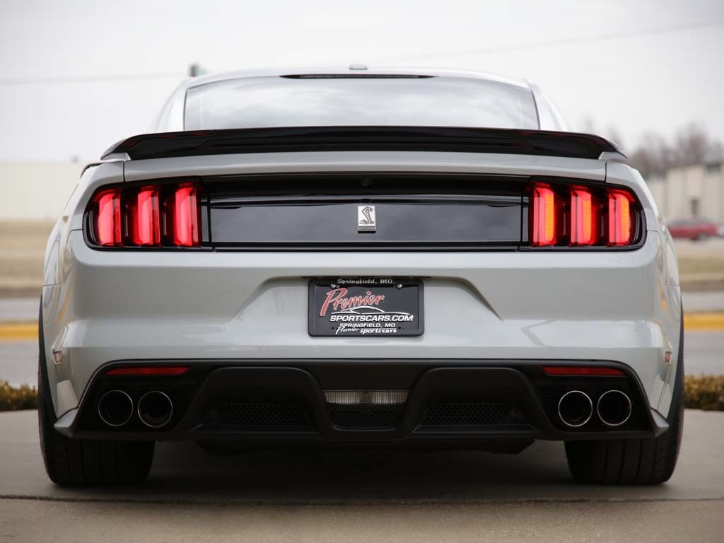 2017 Ford Mustang Shelby GT350 - Photo 33 - Springfield, MO 65802