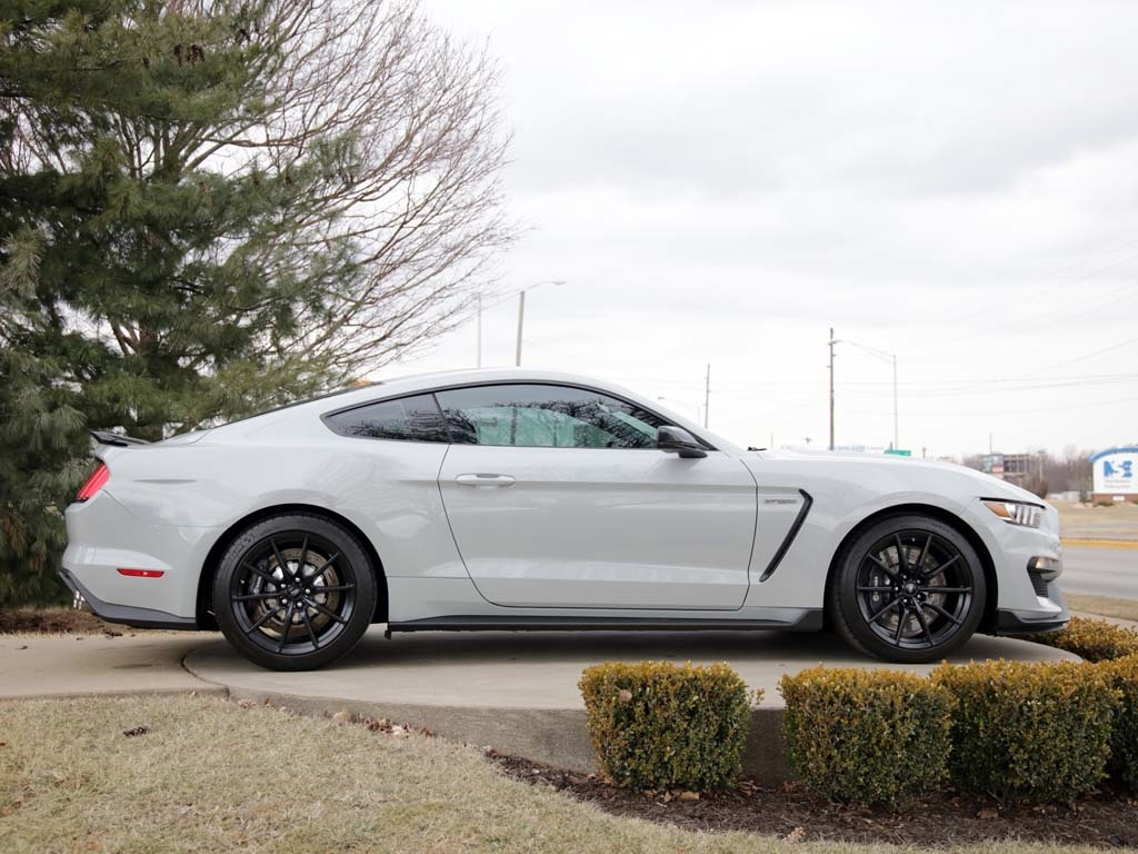 2017 Ford Mustang Shelby GT350 - Photo 31 - Springfield, MO 65802