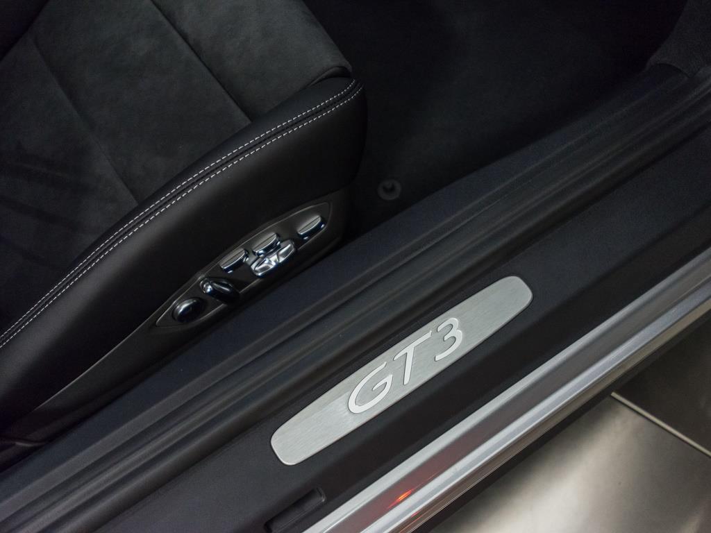 2018 Porsche 911 GT3 (Manual) - Photo 30 - Springfield, MO 65802