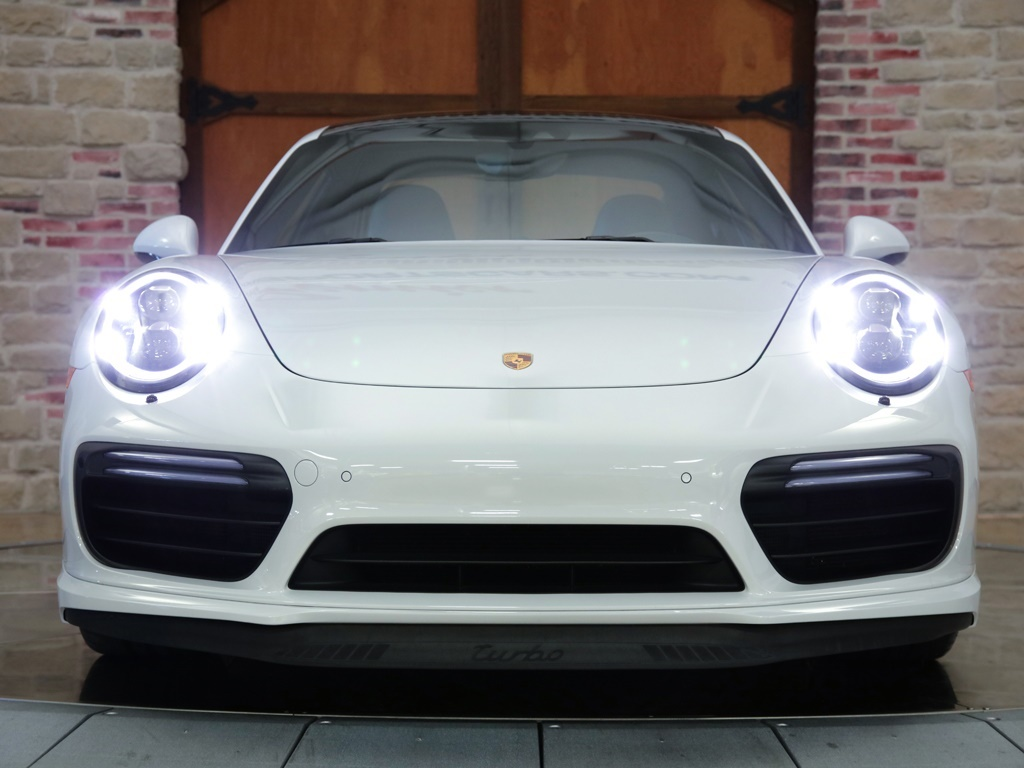 2017 Porsche 911 Turbo - Photo 5 - Springfield, MO 65802