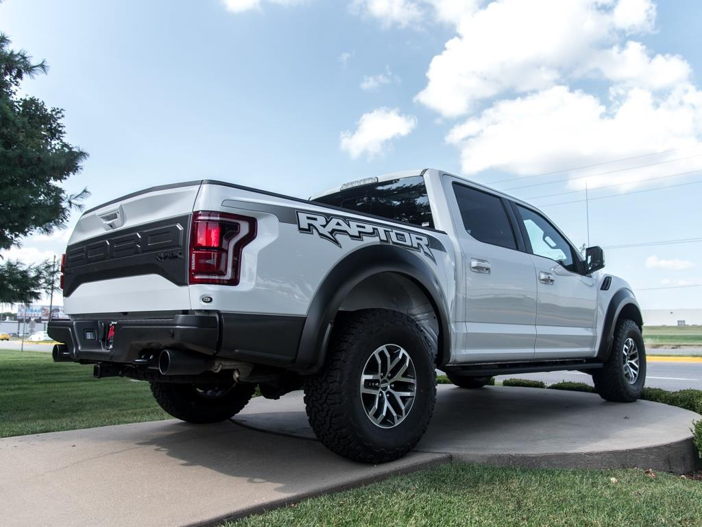 2018 Ford F-150 Raptor - Photo 9 - Springfield, MO 65802