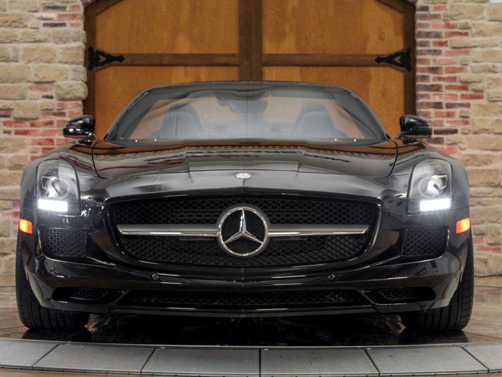2012 Mercedes-Benz SLS AMG Roadster - Photo 4 - Springfield, MO 65802