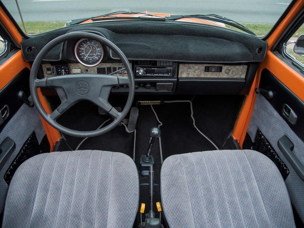 1979 Volkswagen Beetle - Photo 2 - Springfield, MO 65802