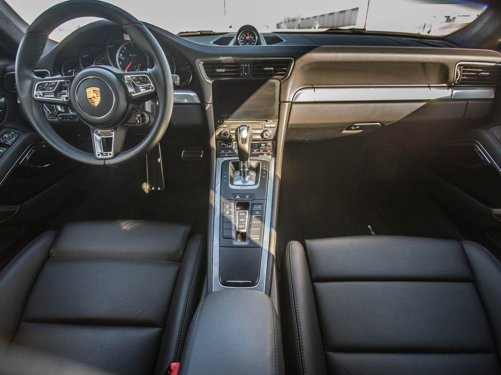 2017 Porsche 911 Turbo - Photo 2 - Springfield, MO 65802