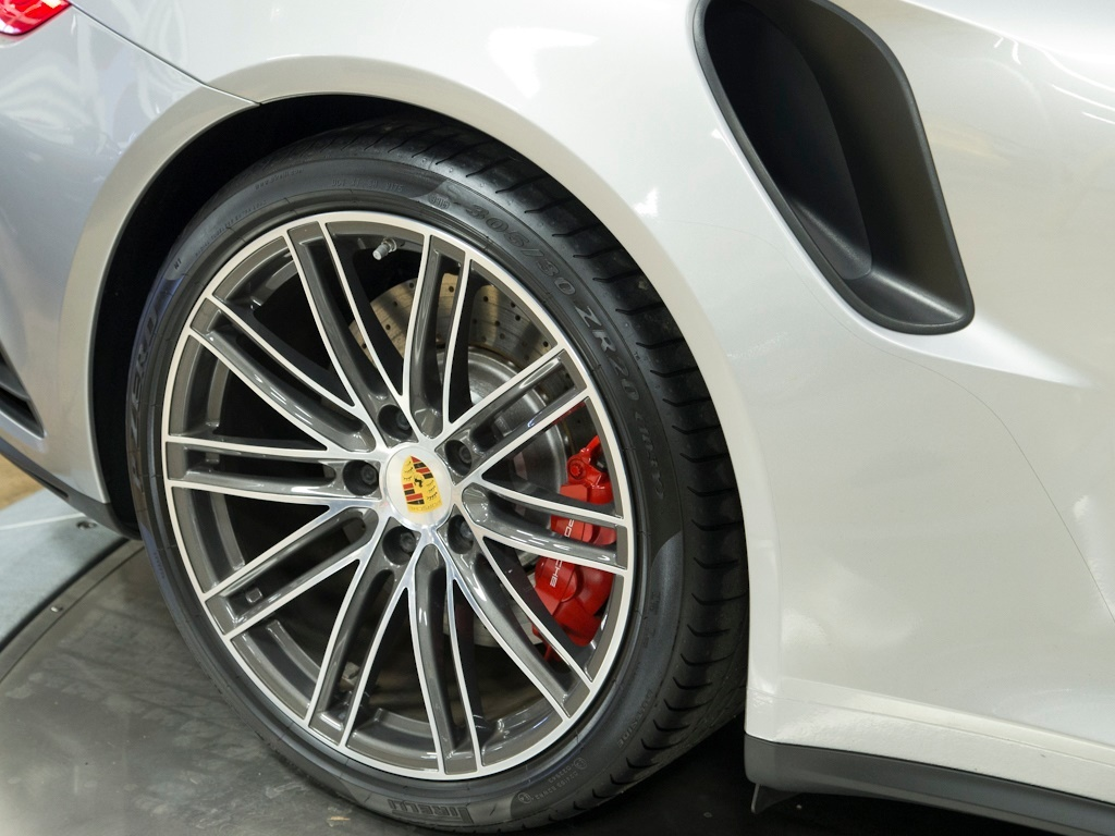 2017 Porsche 911 Turbo - Photo 41 - Springfield, MO 65802