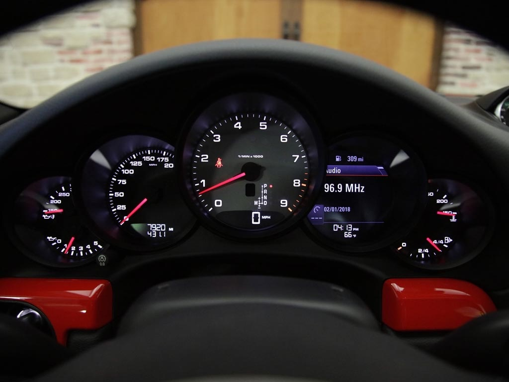 2015 Porsche 911 Carrera S - Photo 11 - Springfield, MO 65802