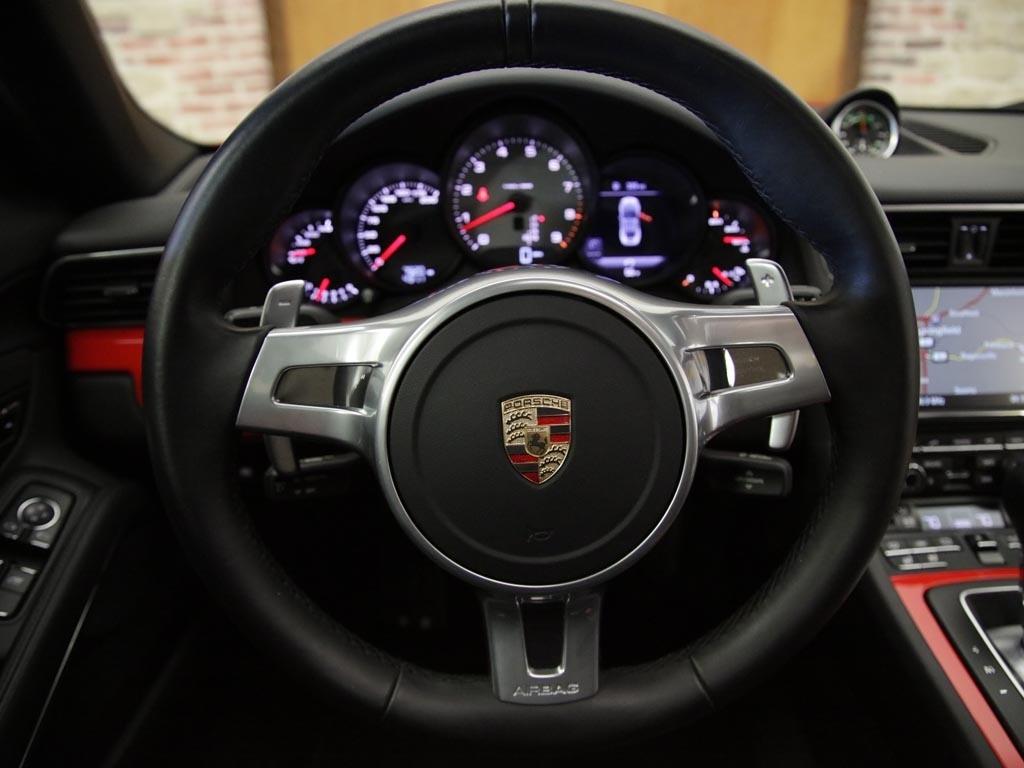2015 Porsche 911 Carrera S - Photo 10 - Springfield, MO 65802