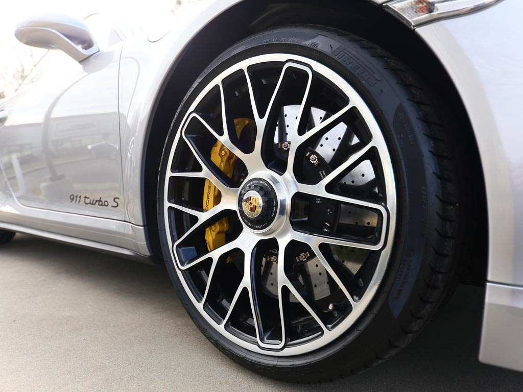 2014 Porsche 911 Turbo S - Photo 50 - Springfield, MO 65802
