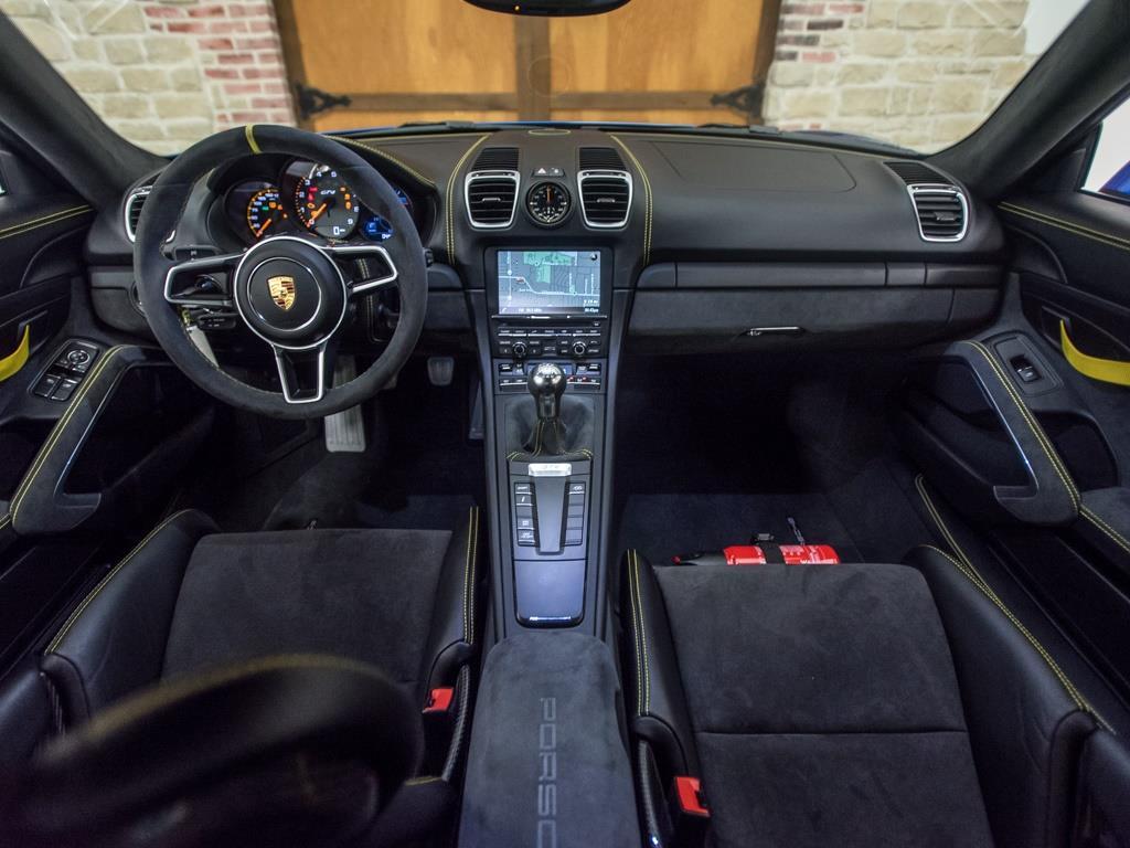 2016 Porsche Cayman GT4 - Photo 2 - Springfield, MO 65802