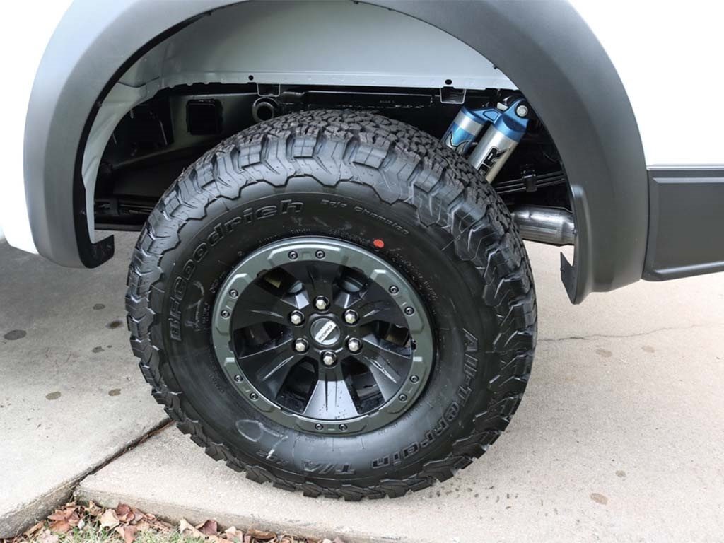 2018 Ford F-150 Raptor - Photo 19 - Springfield, MO 65802