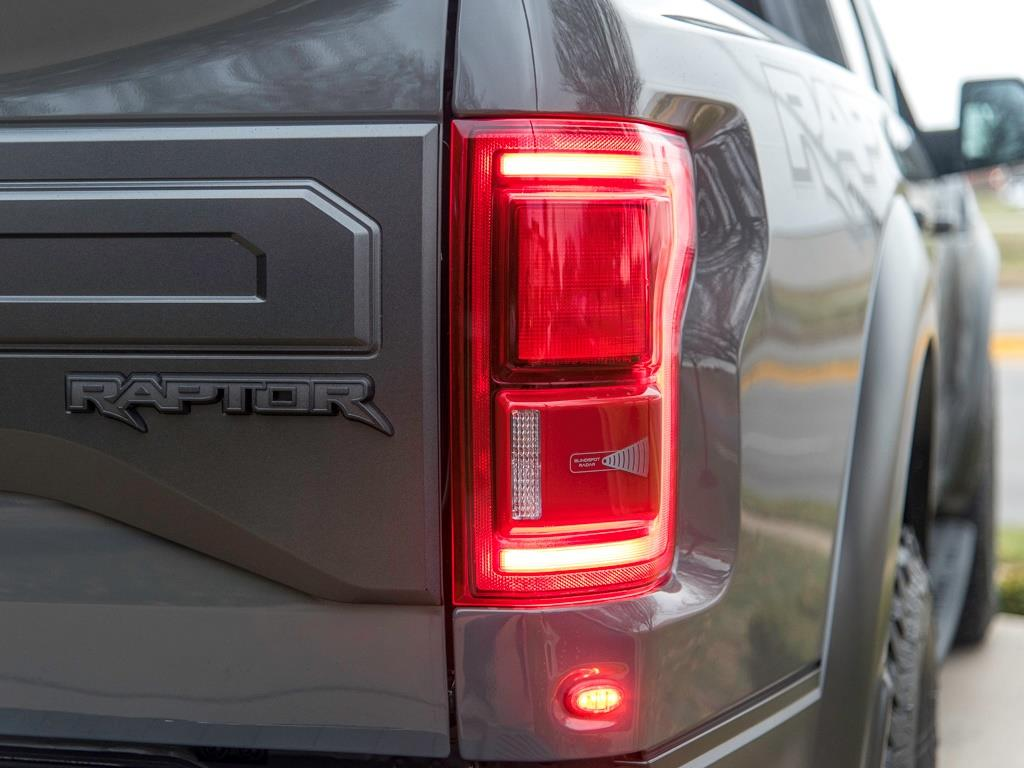 2018 Ford F-150 Raptor - Photo 33 - Springfield, MO 65802