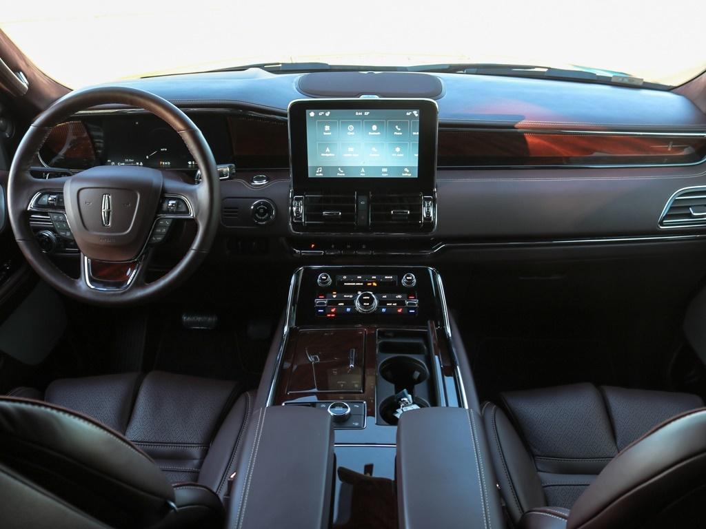 2018 Lincoln Navigator L Black Label - Photo 2 - Springfield, MO 65802
