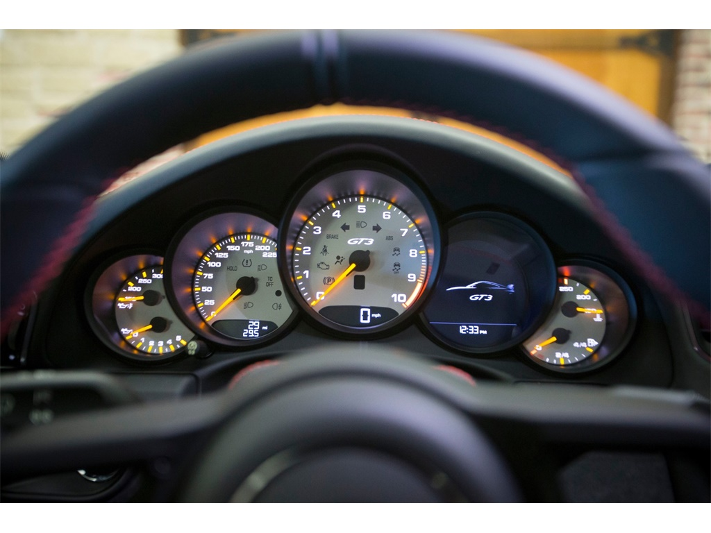 """2018 Porsche 911 GT3  """"Manual """" - Photo 15 - Springfield, MO 65802"""