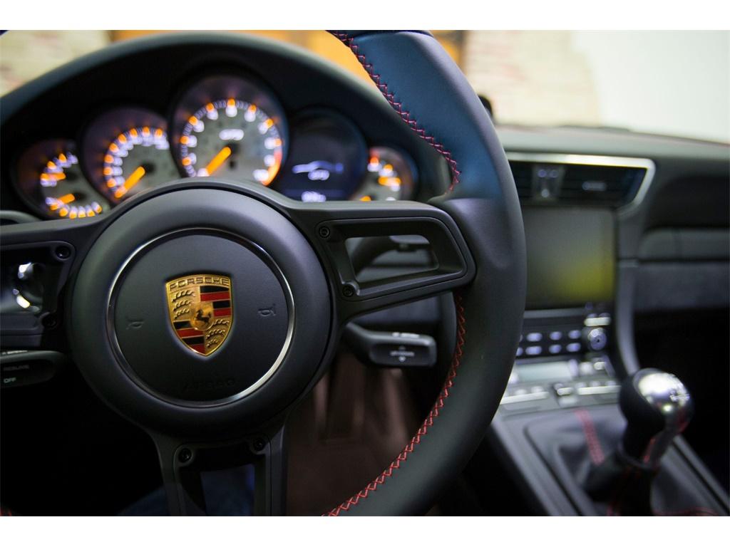 """2018 Porsche 911 GT3  """"Manual """" - Photo 14 - Springfield, MO 65802"""