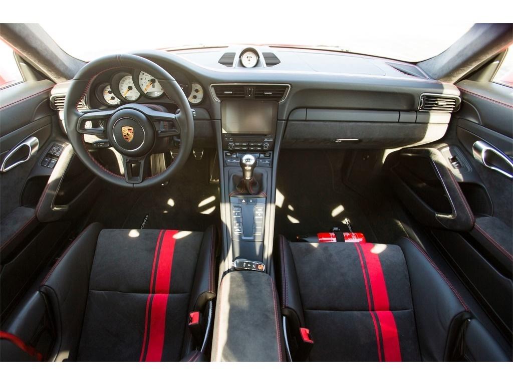 """2018 Porsche 911 GT3  """"Manual """" - Photo 2 - Springfield, MO 65802"""