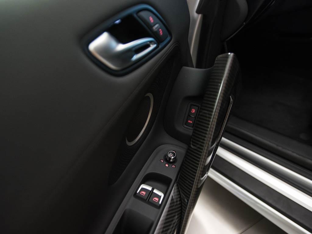 2014 Audi R8 5.2 quattro - Photo 19 - Springfield, MO 65802