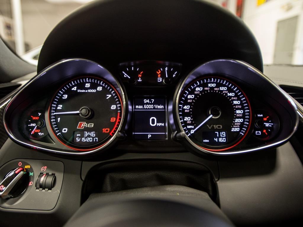 2014 Audi R8 5.2 quattro - Photo 14 - Springfield, MO 65802