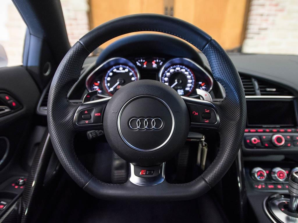 2014 Audi R8 5.2 quattro - Photo 11 - Springfield, MO 65802