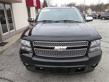 2008 Chevrolet Avalanche LS - Photo 3 - Rushville, IN 46173