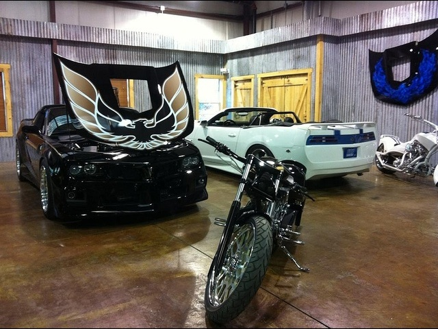 2011 Pontiac Trans Am Hurst Edition Concept with T-Tops - Photo 42 - , TX 77041