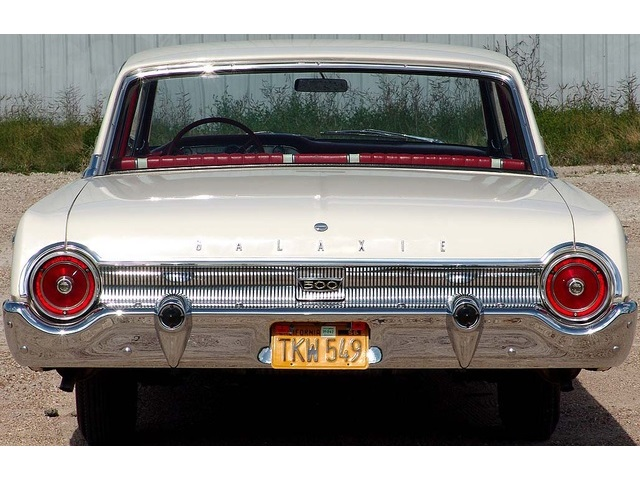 1962 Ford Galaxie 500 with High Performance 406 - Photo 13 - , TX 77041