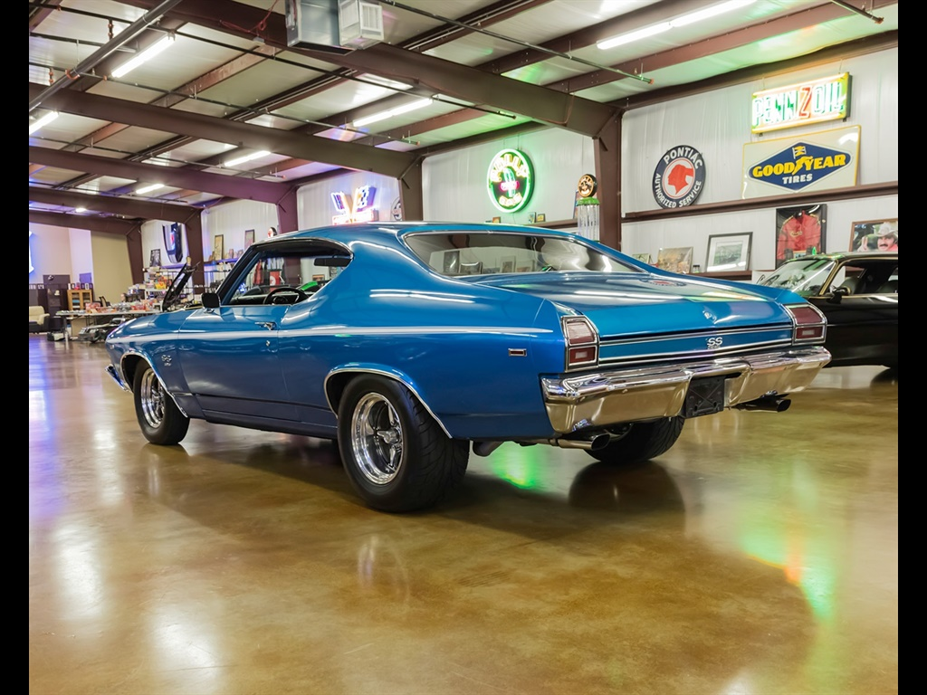 1969 Chevrolet Chevelle with 454 and Cold A/C! - Photo 4 - , TX 77041