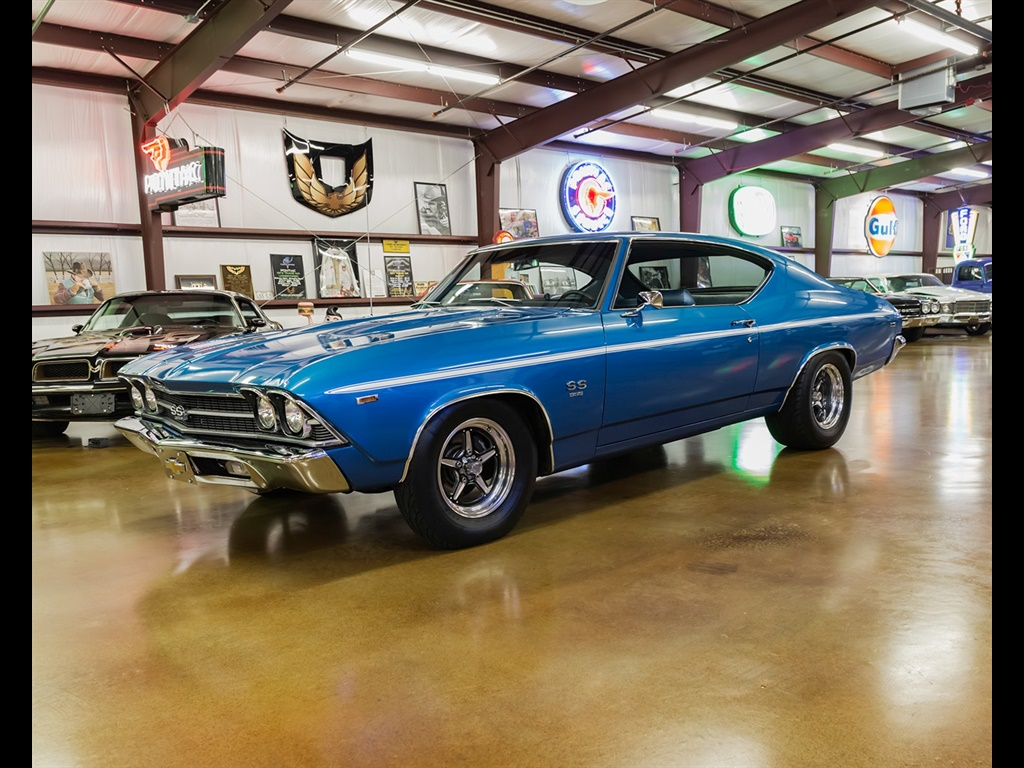 1969 Chevrolet Chevelle with 454 and Cold A/C! - Photo 2 - , TX 77041
