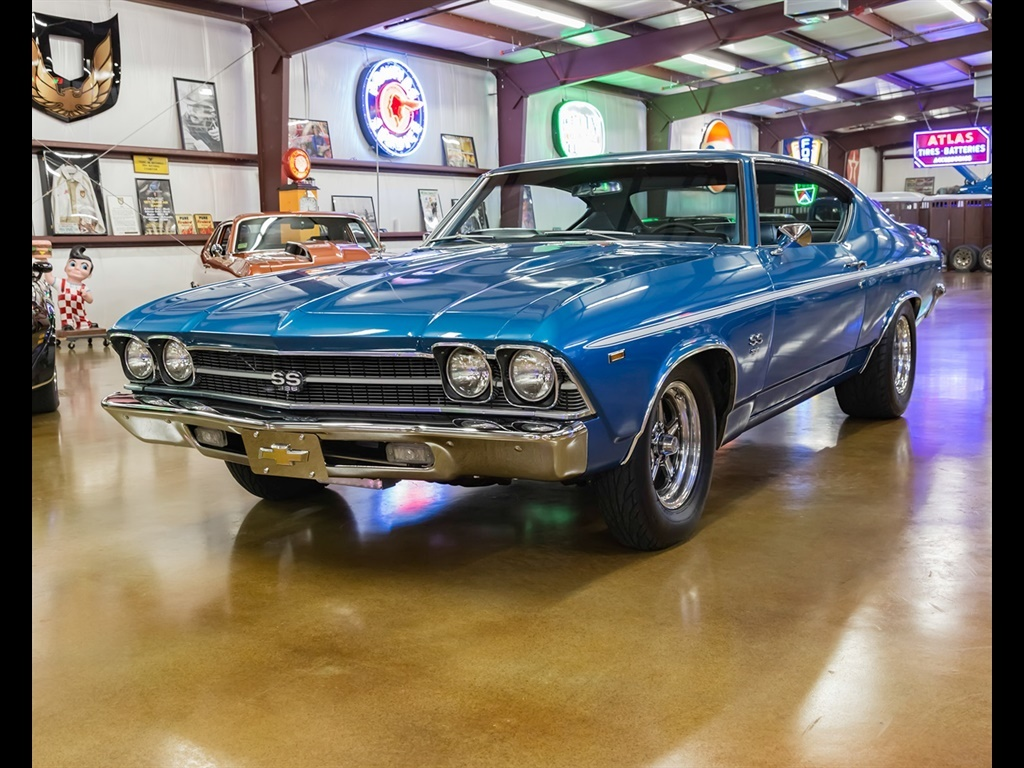 1969 Chevrolet Chevelle with 454 and Cold A/C! - Photo 1 - , TX 77041
