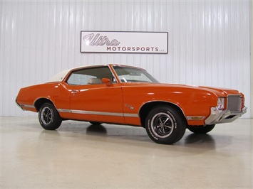 1971 Oldsmobile Cutlass SX Coupe