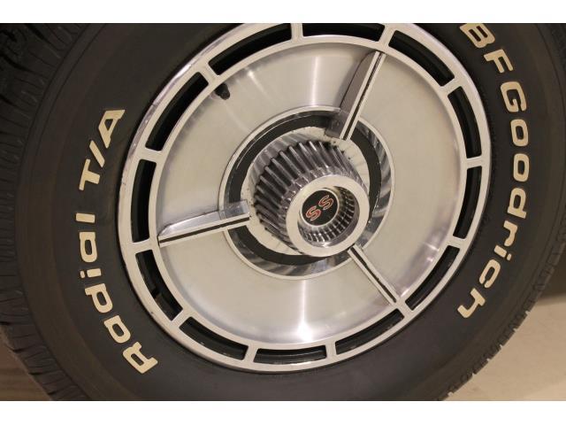 1964 Chevrolet Impala Super Sport - Photo 10 - Fort Wayne, IN 46804