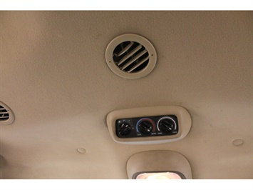2001 Ford Excursion XLT - Photo 34 - Fort Wayne, IN 46804