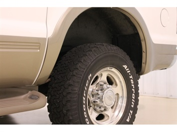 2001 Ford Excursion XLT - Photo 10 - Fort Wayne, IN 46804