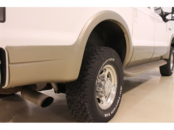 2001 Ford Excursion XLT - Photo 17 - Fort Wayne, IN 46804