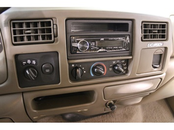 2001 Ford Excursion XLT - Photo 28 - Fort Wayne, IN 46804