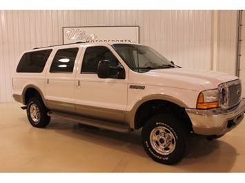 2001 Ford Excursion XLT - Photo 11 - Fort Wayne, IN 46804
