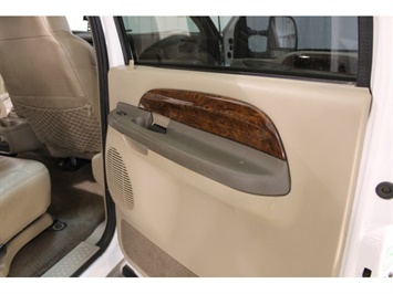 2001 Ford Excursion XLT - Photo 47 - Fort Wayne, IN 46804